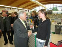 LH Pühringer gratuliert Angelika Eder